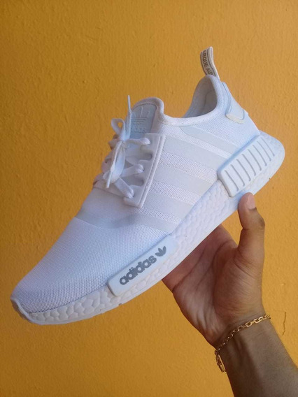 Tênis adidas E Vans