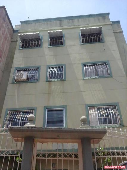 Apto. En Venta, Urb. Los Rosales, Caracas