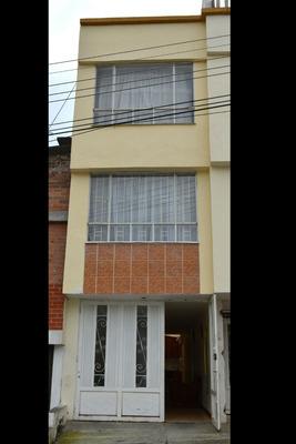 Vende Casa En Quintas De San Pedro, Pasto