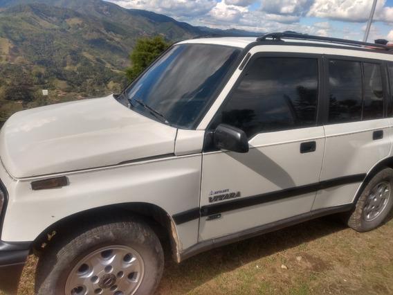 Vendo Chevrolet Vitara 1997 Blanco