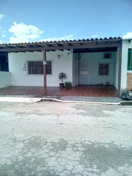 Vendo Casa Paraparal Los Guayos Cod# 396837