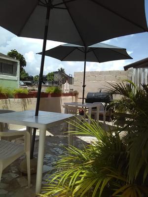 Vendo Hotel Tipo Boutique En La Zona Colonial, D.n.