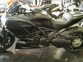 Ducati Diavel Dark Unica