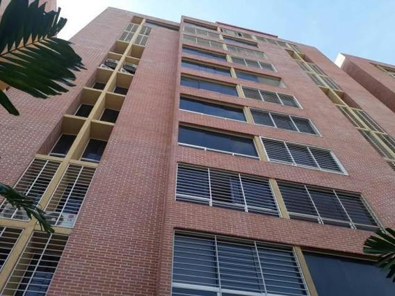 Apartamento En Venta 19-6161 Adriana Di Prisco 04241949221