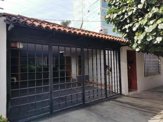 Zona Financiera Amplia Casa Una Planta En El Corazón De Providencia 3 Recamaras Y Cuarto De Servicio