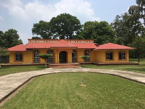 Quinta En Comalcalco
