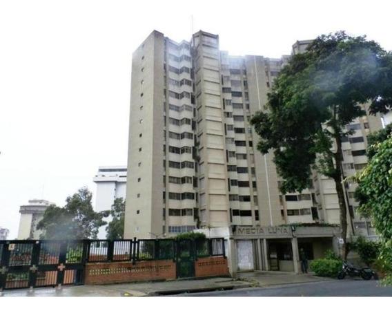 Apartamentos En Venta - Tzas Del Avila - 18-11805