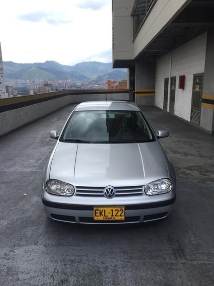 Volkswagen Golf 1.6 (2002), Color Gris / 117.000 Km