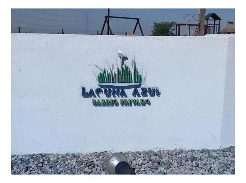 Buen Lote En Barrio Laguna Azul