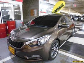 Kia Cerato Pro Sport Hatch Back