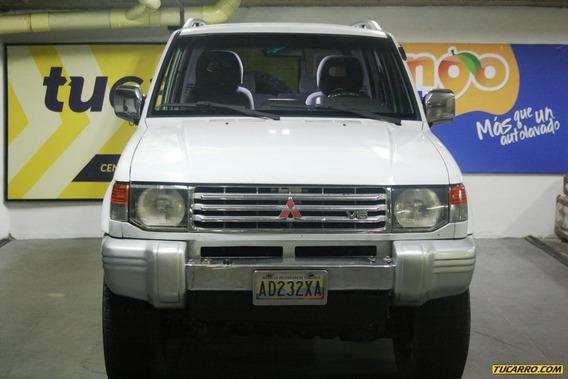 Mitsubishi Montero Sincronico 4x4