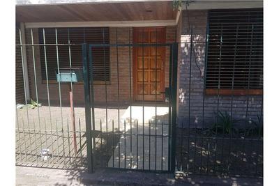 Linda Casa 5 Ambientes En Venta Villa Tesei