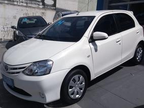 Toyota Etios 1.5 16v Xs 5p 2013 / 2014