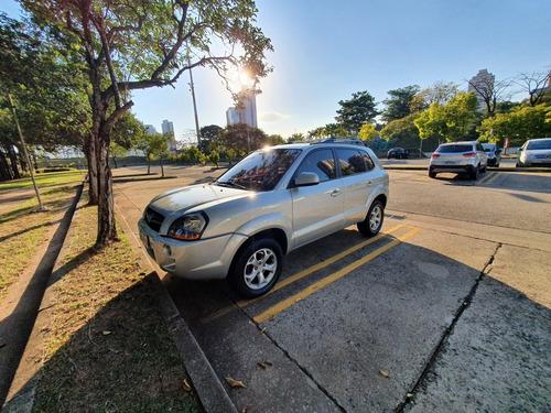 Imagem 1 de 15 de Hyundai Tucson 2012 2.0 Gls 4x2 Aut. 5p