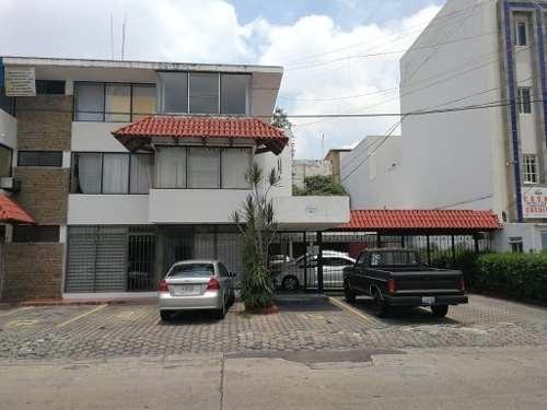 Departamento En Venta En Vallarta Poniente.