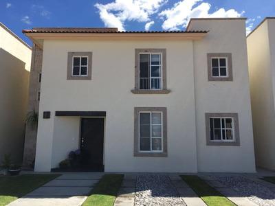 Se Renta Hermosa Casa, Cumbres Del Lago, Villa Venetto, Gran Jardín, 3 Recámaras
