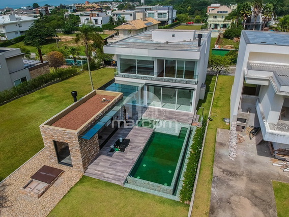 Casa Cond Frente Mar, 04 Suítes,06 Vagas,estaleiro - Mca-111