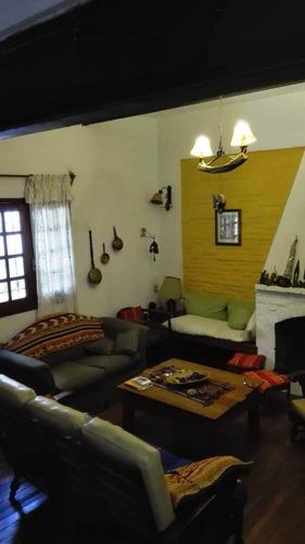 Hermosa Casa De 3/4 Dormitorios En Prado