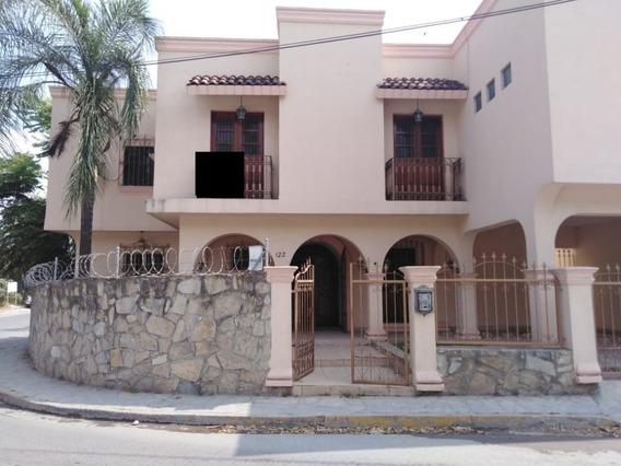 Excelente Casa Ubicada En Pueblo Mágico De Santiago, Nuevo León.