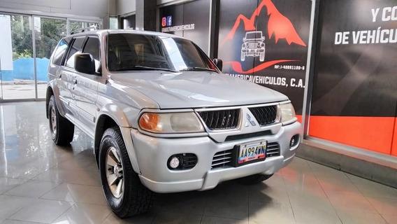 Mitsubishi Montero Sport Wagon