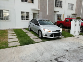 Ford Focus S 5vel Mt 2012