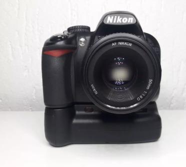 Câmera Profissional Nikon D3100 + Grip+carregador+2 Baterias