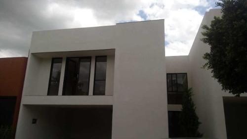 Casa En Renta Cluster 888