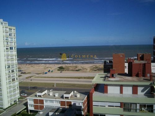 Apartamento En Playa Brava Con Vista Al Mar - Consulte !!!!!!- Ref: 3613