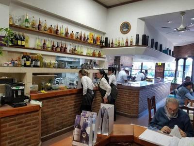 Restaurante Parrilla Equipada, En V. Urquiza Ganancias Comprobables!!!!!!!!!