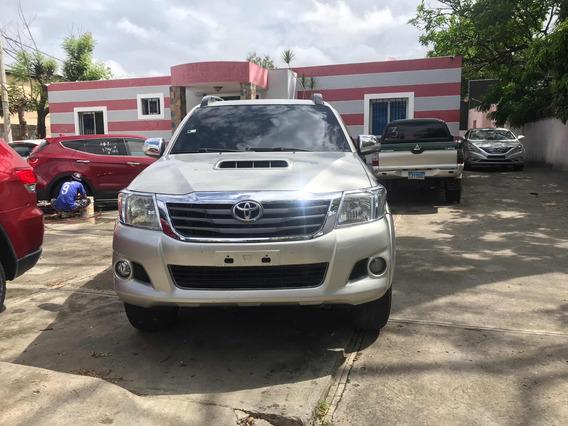 Toyota Hilux Japón