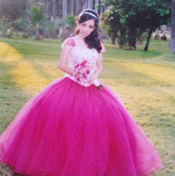 Vestido De Xv Años. Color Rosa Fiusia.