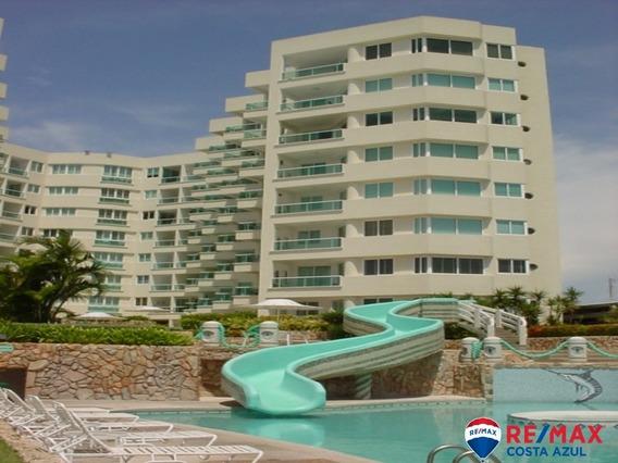 Remax Vende Apartamento En Edificio Varadero Turístico