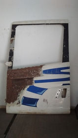 Porta Esq Scania 124-t Bicuda Usada Recondicionada