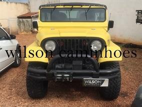 Ford Jeep 1962 Amarela