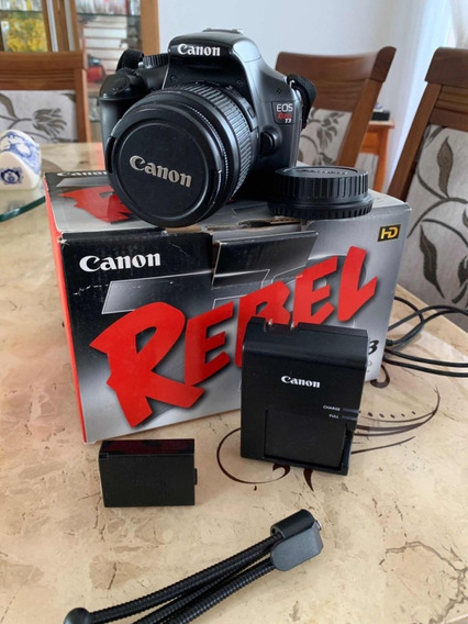 Máquina Canon Rebel T3