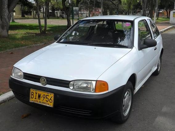 Bonito Volkswagen Gol Coupe.