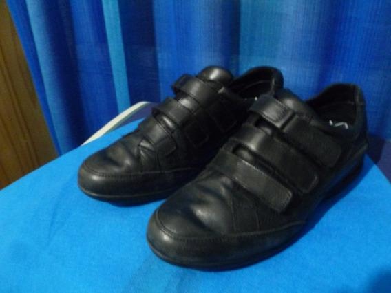 Zapatillas De Hombre Usadas. Talle 42 Plantilla 27