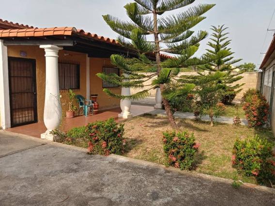 Casa En Venta En Rio Chico Edo. Miranda Cv-rch001