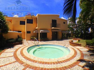 Casa En Venta En Los Cacicazgos. Id. 2101