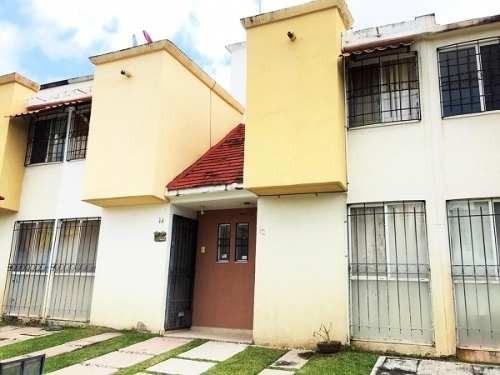 Casa Con Bonitos Acabados Y Tres Recamaras En Xochitepec