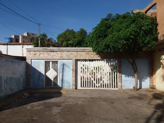 Casa En Alquiler Cumbres De Maracabo Api 32135 Bm17