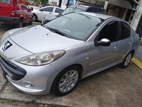 Peugeot 207 2.0 Hdi Compact Xt 2010