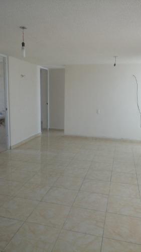Rar - 1824. Departamento En Renta Colonia Santa Rosa En Gustavo A. Madero