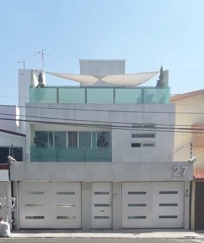 Casa En Venta En Villa Quietud, Coyoacán Acabados De Lujo