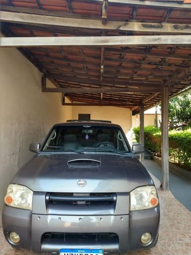 Imagem 1 de 3 de Nissan Frontier 2003 2.8 Se Cab. Dupla 4x4 4p