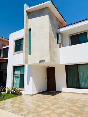 Casa En Jiutepec, Morelos Con 3 Recamaras Y 3.5 Baños