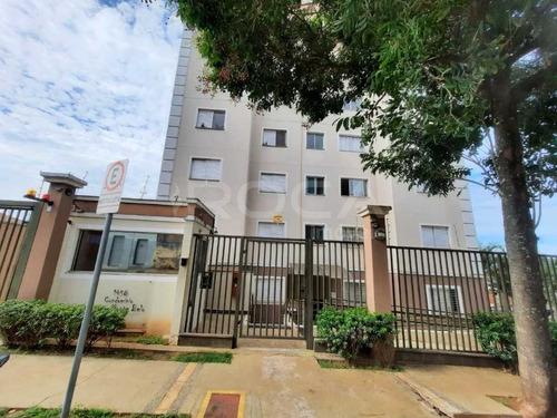 Aluguel De Apartamentos / Padrão  Na Cidade De São Carlos 28363