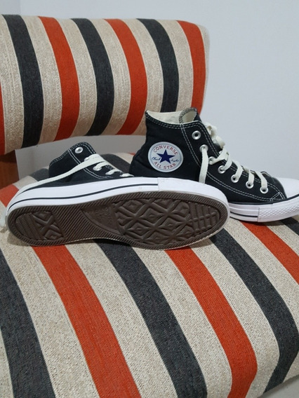 Zapatilla Negra Converse Chuck Taylor All Star Core Hi
