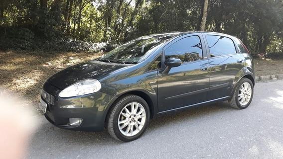 Fiat Punto 1.6 16v Essence Flex Dualogic 5p 2011