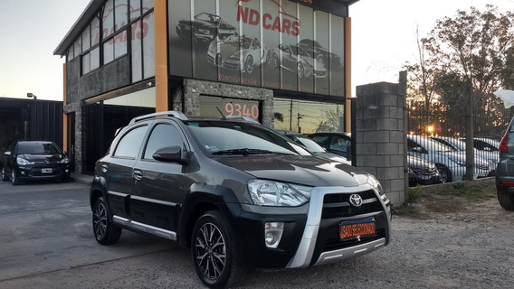 Toyota Etios 1.5 Cross At 2016